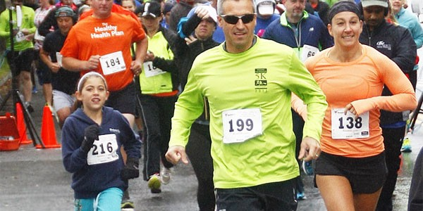 5k-runners-group-cropped